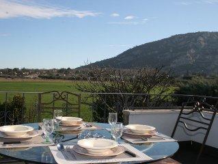 Gite avec magnifique vue sur le Luberon + piscine privee