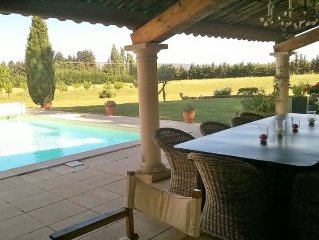 LUBERON : mas avec piscine, 5 chambres et salles de bains avec wc privatives