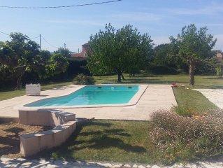 Jolie maison 2 pers avec piscine  privee - Le Muy
