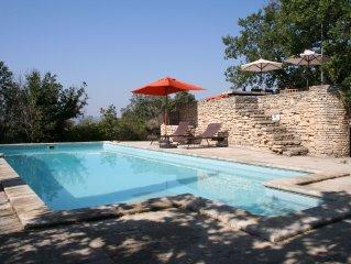Mas de caractère à Gordes avec piscine chauffée et vue sur le Luberon