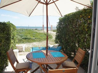 T2 vue mer sur plage sable fin Presqu île de Giens - contact me before booking