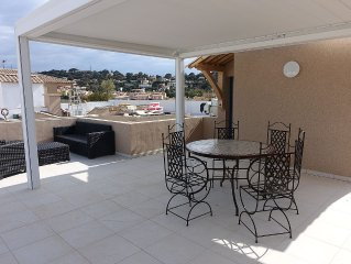 T3 BEAUTIFUL NEW HOUSING - 3 70M2- PIECES ROOF TERRACE 50M2 WITH SEA