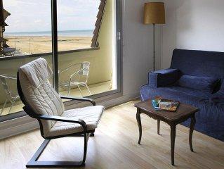 Tres bel appartement ensoleille pour  2/4 personnes, front de mer & centre ville