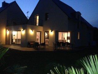 Maison neuve de 140 m2, avec jardin, plage a 400 m, 4 chambres, 8 personnes
