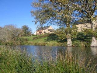 Gite de France 3 épis, isolé en pleine nature au bord d'un étang,