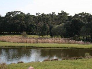 Appt 5 personnes vue sur lac et golf 18 trous sans vis a vis au calme