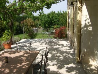 maison de caractère dans hameau proche de Gordes