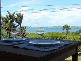Bas de villa vue panoramique sur mer et les îlets, 50 m2, Cap Est