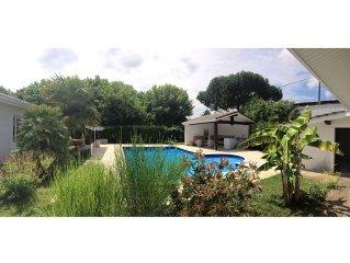Grande villa 10 personnes, piscine privee, sans vis-a-vis, tres calme