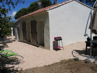 Maison independante avec piscine chauffee