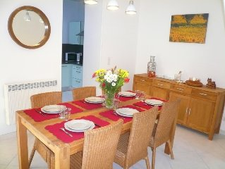 Town House Avignon, 10 minutes walk from the ramparts with air conditioning, pr