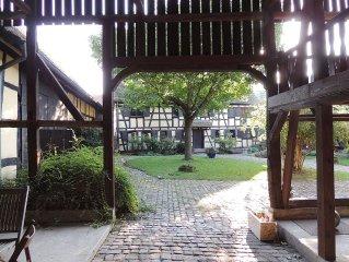 Authentique corps de ferme alsacien du XVIIIe siècle