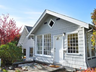 Charming cottage w/ 2 kitchens,  3 bedrooms & deck, in a vibrant neighborhood