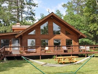 Bass Lake Log House! 3-Season, Full Service Vacation Rental
