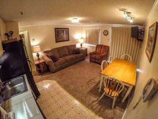 2 BR Condo - Perfect for Families w/ Kids - Steps from Slopes