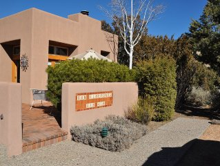 Enjoy Santa Fe at our 2 BR Condo - Great Spring Rates!