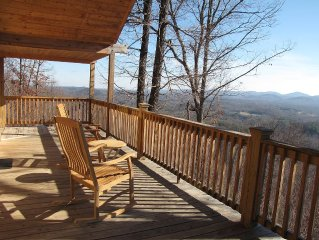 IT's ALL ABOUT THE VIEW!!  Private Mtn Top Retreat!      ~ 30 Mi. to Boone!