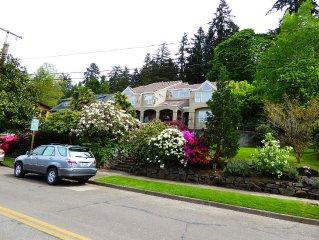 Elegant Villa Near University of Oregon