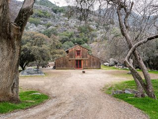 Sequoia 190 Acre Private River Retreat