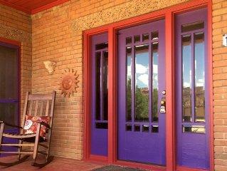Authentic Southwestern Craftsman Cottage*Spa Bathroom*Beautifully Styled