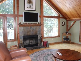 Comfortable and Private 3 Bedroom Home in the Heart of the White Mountains