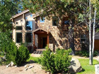 Spectacular Riverfront Custom Home on the Payette River!