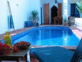 Grande maison , piscine prive climatisee ideale pour des vacances en famille