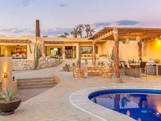 Casa Del Mar - Santa Fe Inspired Home With Gracious Mediterranean Style Living