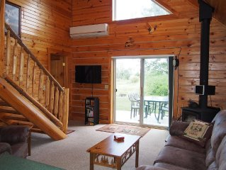 Charming Log Cabin with Wood Burning Fireplace – 1 mile from Downtown Hayward