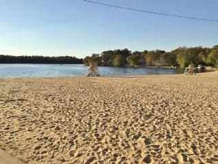 Charming Lake House – Across the Street to Beach, 20 mins to Atlantic City!