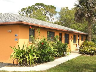 401 Shore Rd - Spacious, Walk to Nokomis Beach/Casey Key, Wi-Fi, Pet Friendly