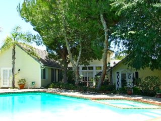 Fallbrook Luxury, 4 Bedrooms + Guesthouse, Heated Pool/Spa, Vineyard/Hill Views