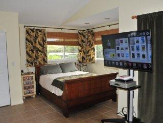 Large Designer Studio With Kailua Mountain View