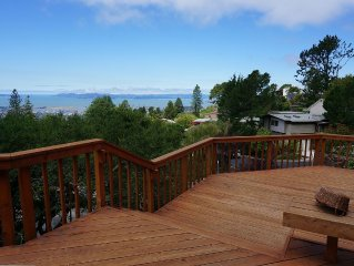 Breathtaking Bay Area Views in Berkeley Hills Next to Tilden Park