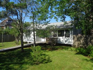 Classic, Peaceful, Family Living in Seaview. Close to beach, bay, market, and OB