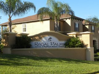 Smart HDTVs, Largest Regal Palms 4 bed/3.5 bath End Unit 1856 SqFt, Disney Close
