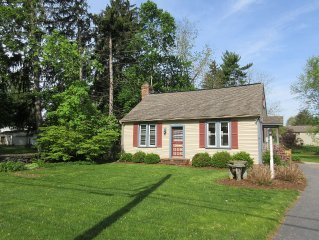 Lititz Cottage - Sleeps 2 - 5, Single Family Home located in Lititz