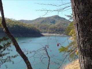 Luxury Lake Front Family Escape on Beautiful  Fontana Lake