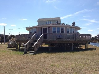 FAMILY FRIENDLY VACATION COTTAGE - Canal Front with Private Dock - Must SEE!