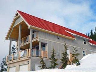 Large, Beautiful Chalet at Mount Washington Alpine Resort