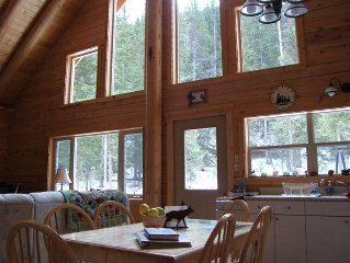 Grey Wolf Cabin - One Mile to Ne Entrance to Yellowstone Park