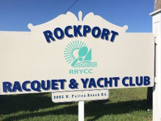 Cozy Condo Rockport Racquet & Yacht Club                     Townhouse Style 2/2