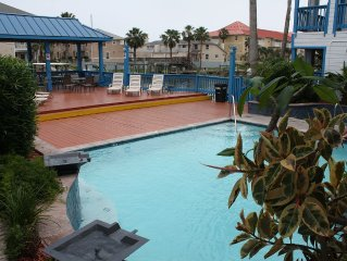 Be Smart Stay Here, Awesome 2bd/2bth Water Front, Pool/Spa, Boat Slip, Smart TV