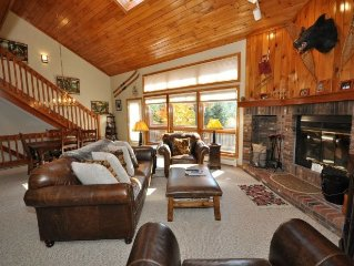 Beautiful Mountain Condo sleeps 9 and has incredible views!