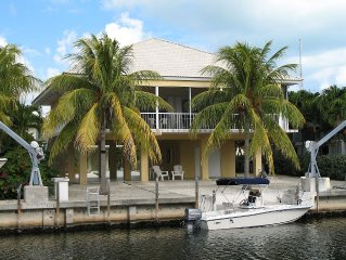 Spacious Open Floor Plan, Private Beach, Dock, Boat Ramp, Clean & Bright