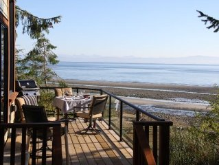 Spectacular ocean side experience at this stunning 1 berm home, Qualicum Bay