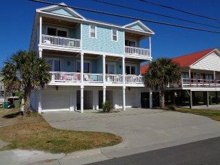 6 BR 4 BA, Luxury Beach House Sleeps 14 with elevator! Across Street from Beach