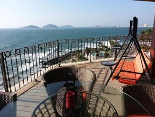 Oceanfront Sunsets from 7th Floor Balcony!  CENTRO AREA