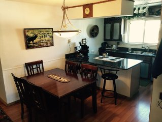 Affordable, Large, in Town - Pool, Hot Tubs, Great Views, Wi-Fi