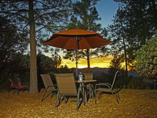 Pine Hill Guest House - Midpines / Yosemite : Privacy with a View